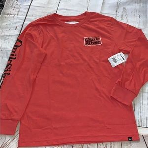 Quiksilver boys red long sleeve T-shirt 🛴